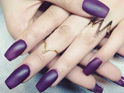 Square-tip purple gel nails